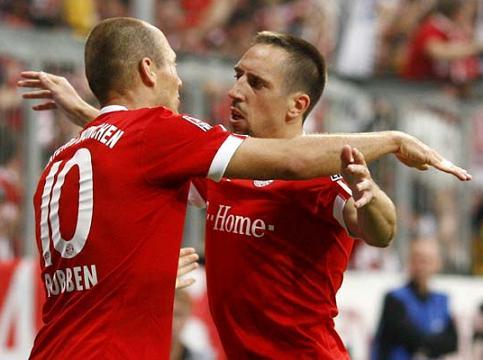http://www.ligafutbol.net/wp-content/2009/08/Robben-Ribery.jpg