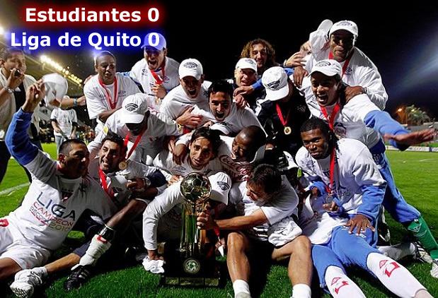 Imagenes De De Liga De Quito Rey De Copas 2011