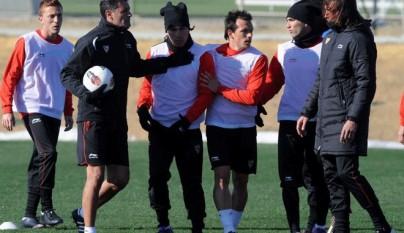 medel_y_spahic_se_pelean_en_un_entrenamiento4