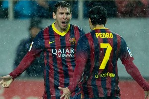 Goleada del Barça en Sevilla para poner la Liga al rojo vivo