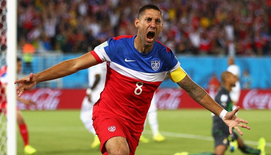 Clint Dempsey celebrando un gol