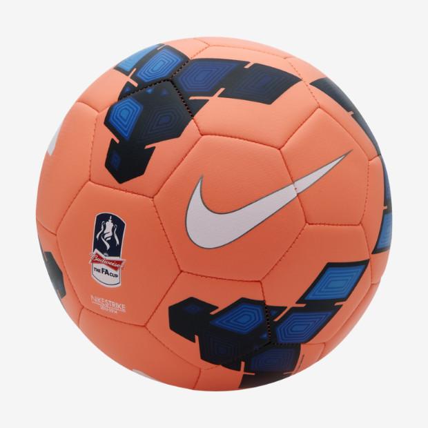 Nike Strike FA 1999 euros