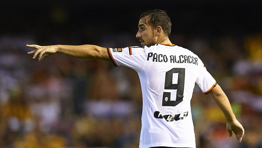 Paco Alcacer mandando