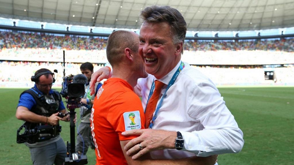 Van Gaal y Robben