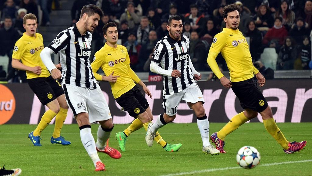 Álvaro Morata rematando a gol