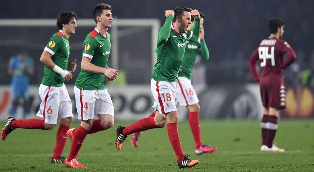 Carlos Gurpegui celebrando su gol