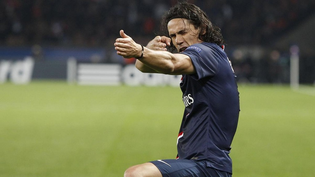 Edinson Cavani celebrando un gol