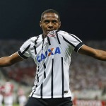 Golazo de Elías ante el Sao Paulo