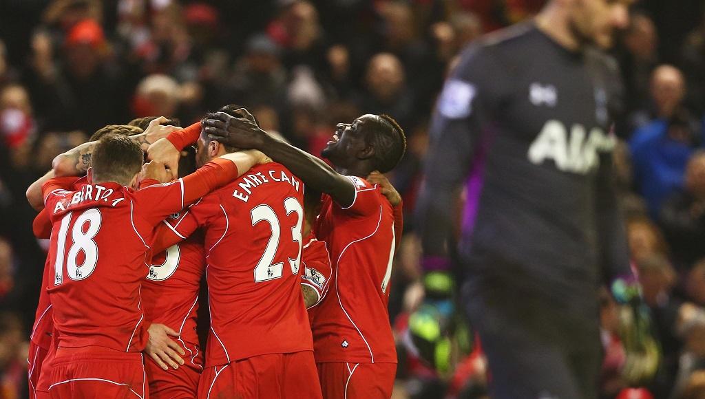 Jugadores Liverpool celebrando un gol