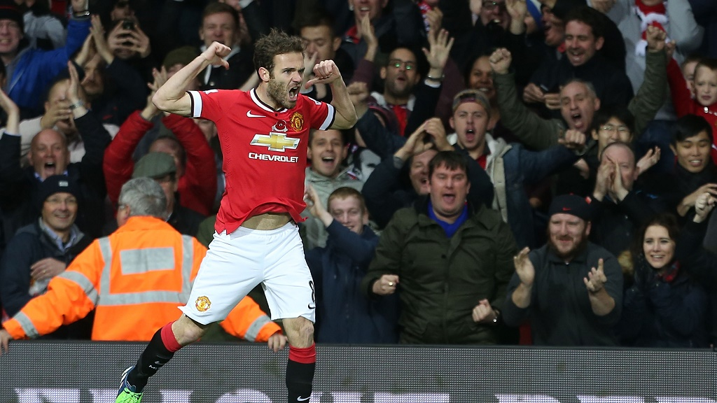 Juan Mata celebrando un gol