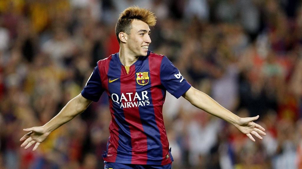 Munir celebrando un gol