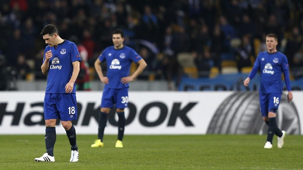 jugadores Everton preocupados