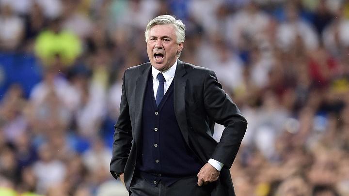 Carlo Ancelotti mandando