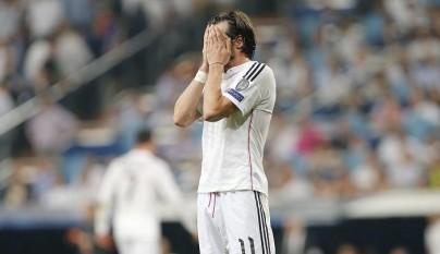 Gareth Bale lamentandose