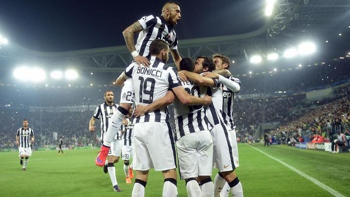 Juventus celebrando