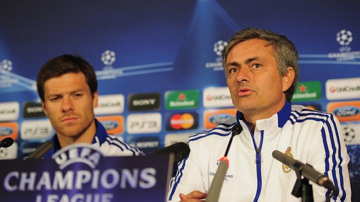 Mourinho y Xabi Alonso
