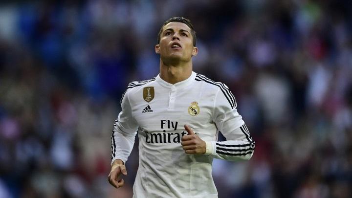Cristiano Ronaldo pensativo