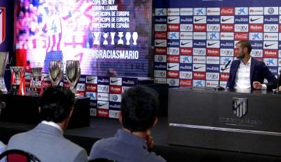 Mario Suarez Atletico despedida 10