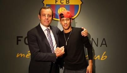 Neymar y Sandro Rosell