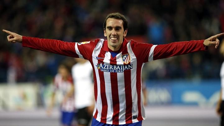 Diego Godin celebrando un gol