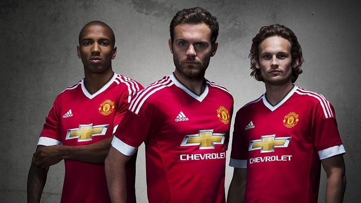 Equipacion Manchester United 2014-2015 1