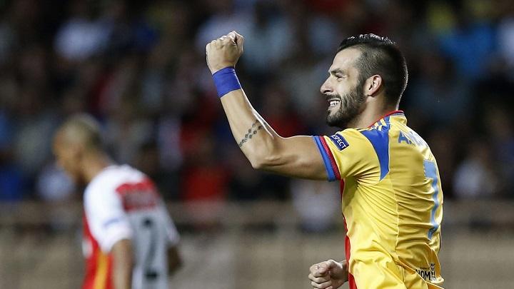 cinco espanoles champions