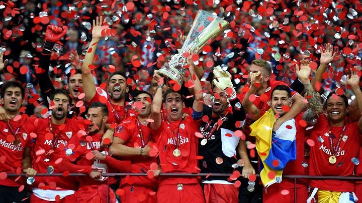 cinco espanoles champions1