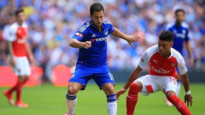 Eden Hazard contra el Arsenal