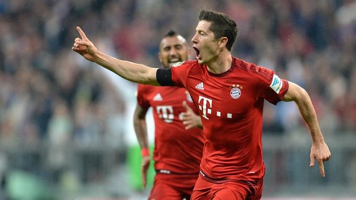 Lewandowski cinco goles