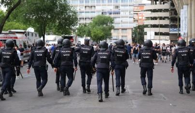 Santiago Bernabeu policia