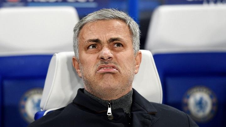 Jose Mourinho banquillo