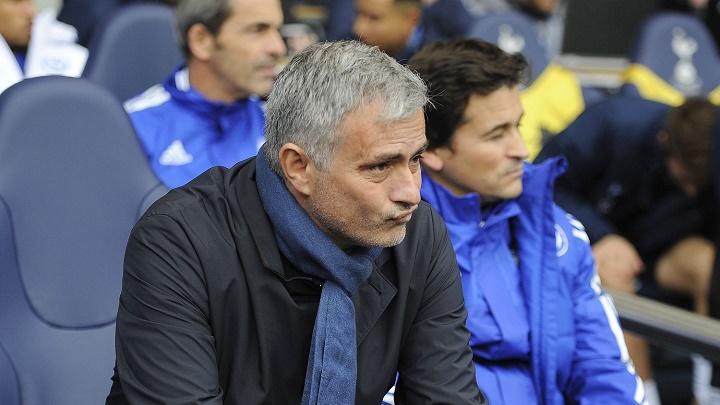 Jose Mourinho banquillo 2