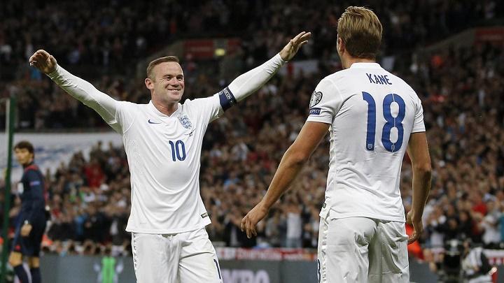 Rooney y Harry Kane