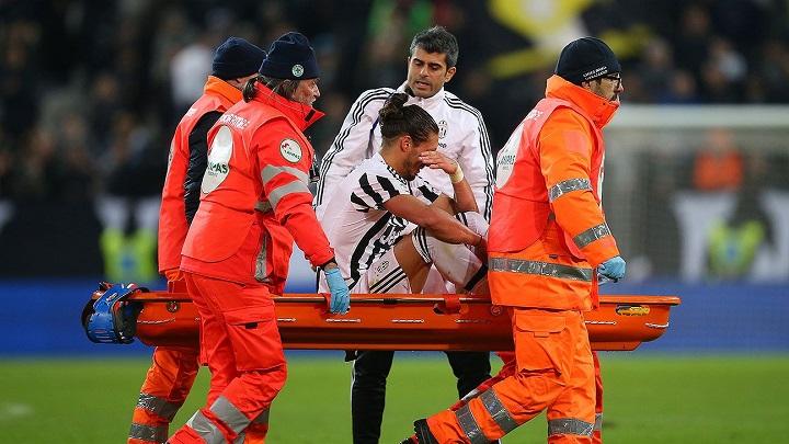 Martin Caceres lesionado