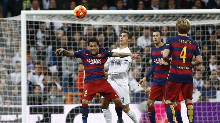 Dani Alves y Cristiano Ronaldo