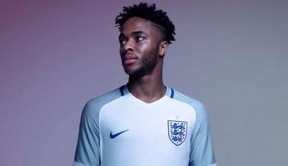 equipacion Inglaterra 16