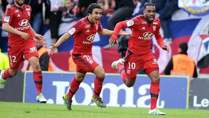 Alexandre Lacazette celebrando un gol