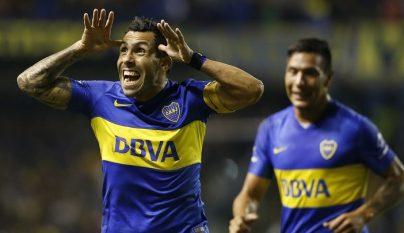 Carlos Tevez celebrando un gol