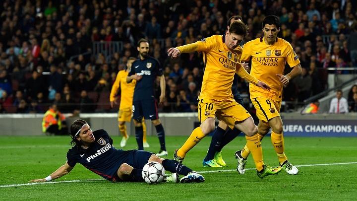 Filipe Luis con Messi