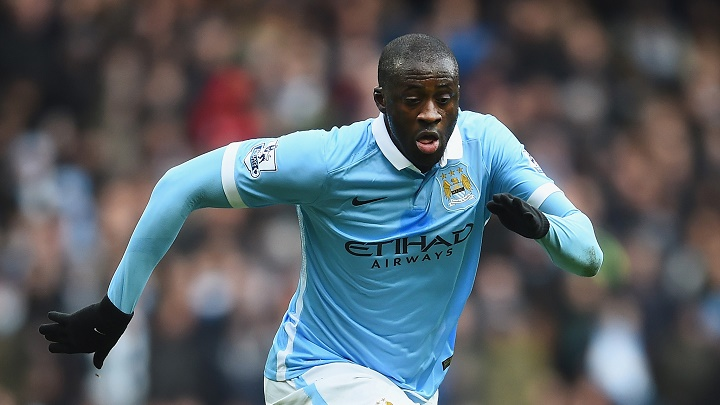 Yaya Toure corriendo