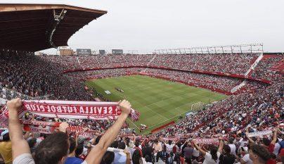 ambiente campo de futbol