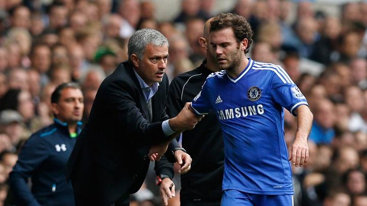 Jose Mourinho y Juan Mata