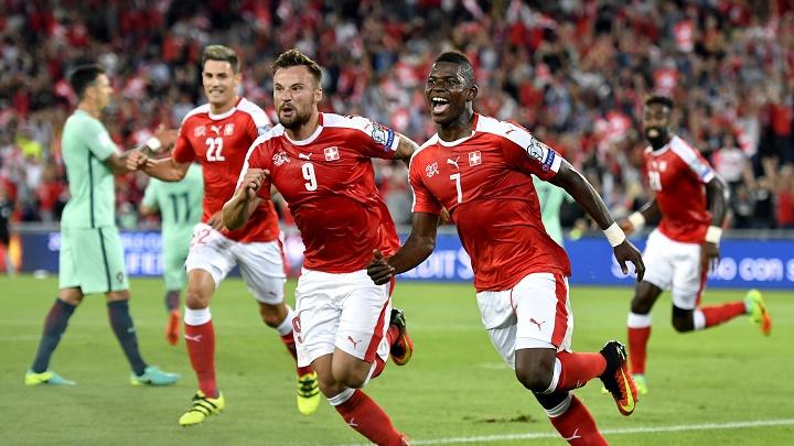 Embolo gol Suiza