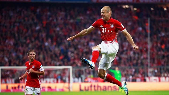 Robben celebrando un gol