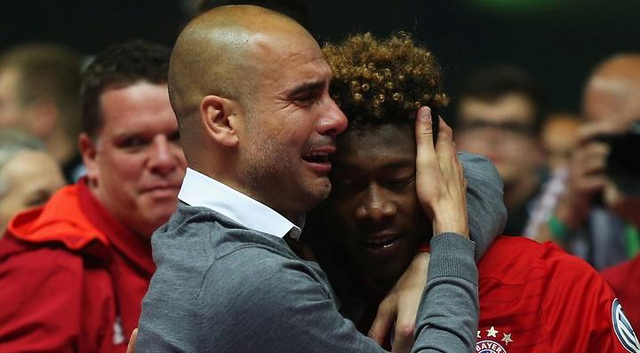 Guardiola llorando junto a Alaba