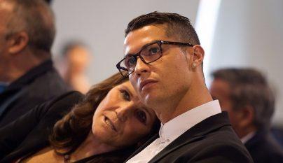 cristiano-ronaldo-con-su-madre