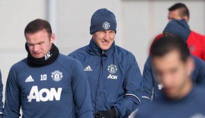schweinsteiger-entrenamiento-united
