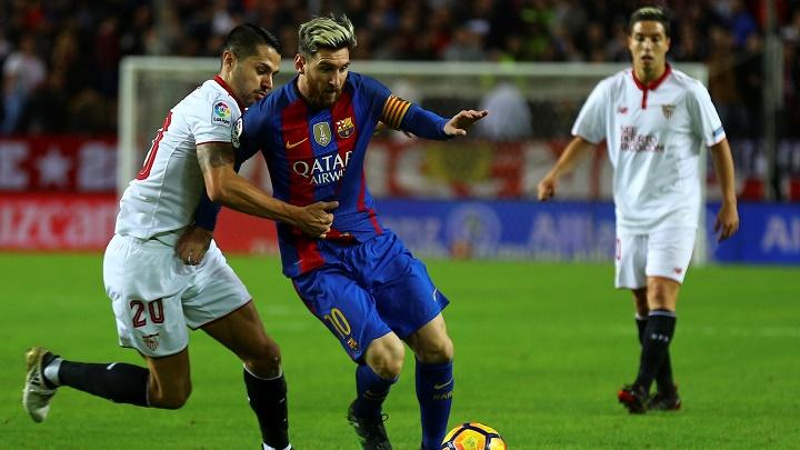 Vitolo y Messi