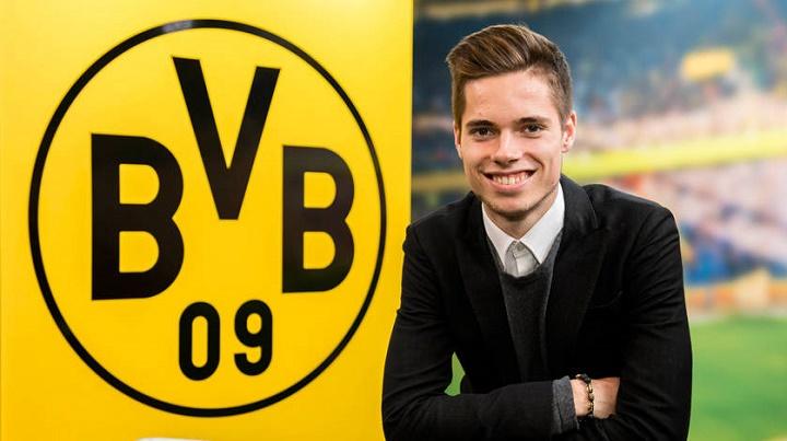 Julian-Weigl-Borussia-Dortmund-feliz