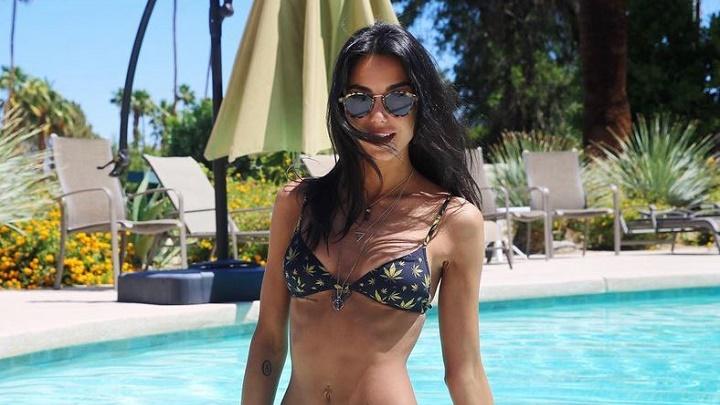 Chiara-Biasi-piscina